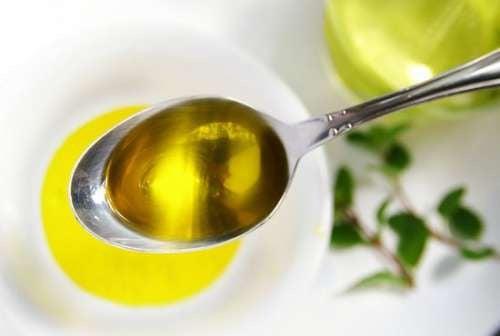 olio contro la cefalea tensiva