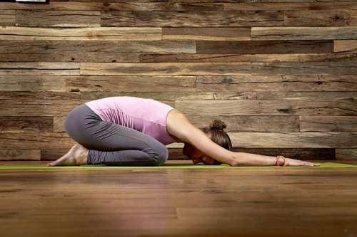 migliorare respirazione e salute dei polmoni grazie allo yoga
