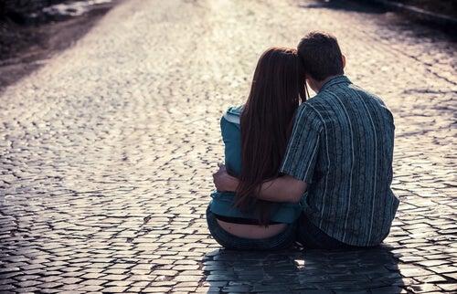 Attaccamento nella coppia: come vi amano?