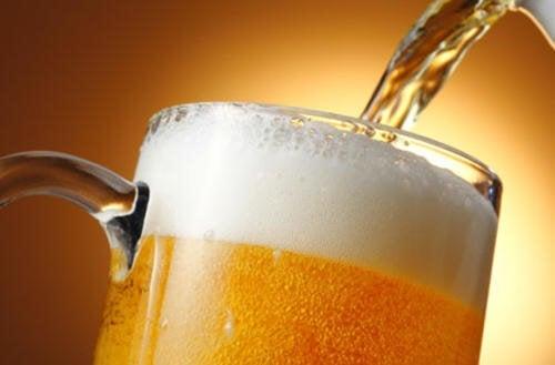 La birra fa ingrassare o migliora la salute?
