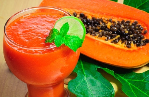 frullato di papaya per una pelle sana