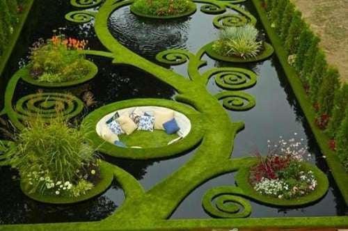 piscina decorata
