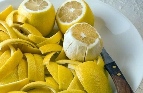 Scorza-di-limone