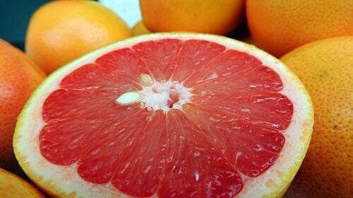 I 6 migliori frutti brucia-grassi