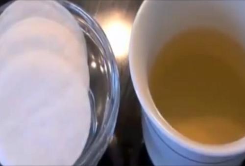 Pulire e sbiancare la pelle con un ingrediente naturale
