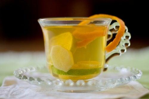 Come preparare il tè allo zenzero