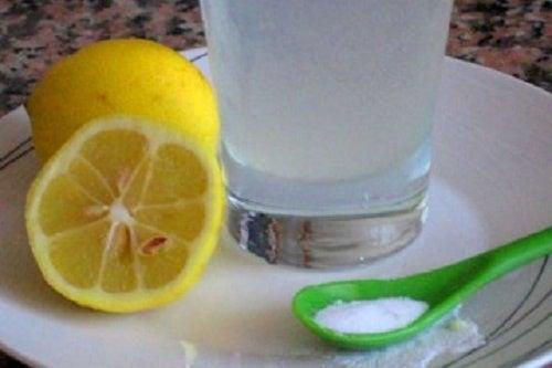 Bicarbonato-con-limone