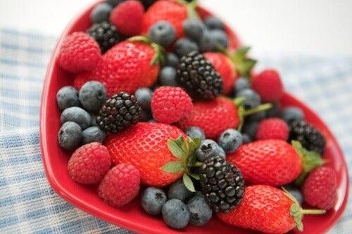 Frutti rossi in tazza