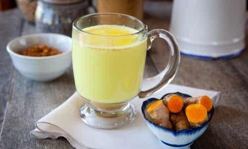 Latte d'oro: una bevanda che può cambiarvi la vita