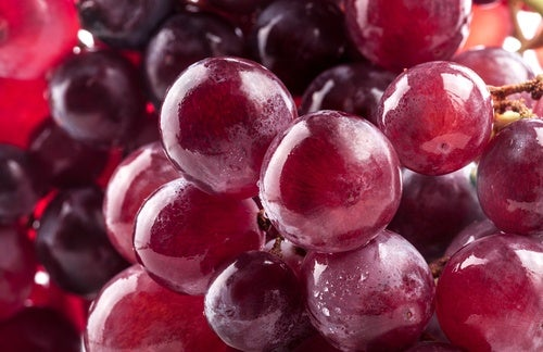 uva rossa ricca di antiossidanti