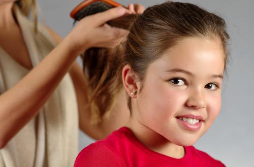 Consigli per far crescere belli e forti i capelli dei bambini , Vivere più  sani