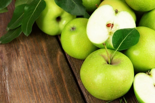 mela verde nella dieta per la menopausa
