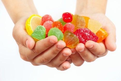 evitare zuccheri per prevenire la carie