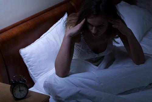 Collegamento tra insonnia, carenza di ossigeno e demenza?