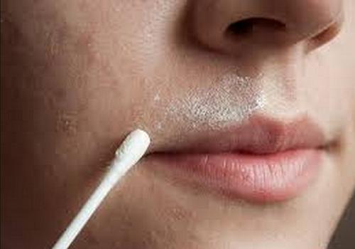 Peli del viso: eliminarli con un rimedio naturale