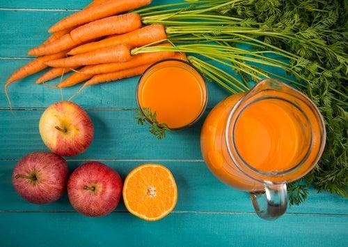 Frullato di carota e mela