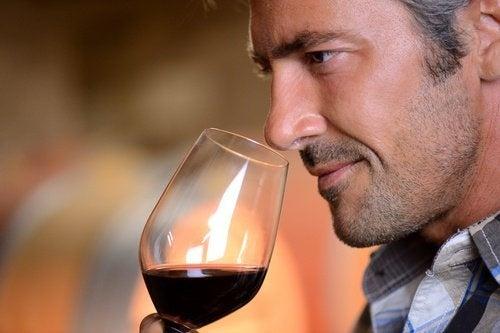 un bicchiere di vino può rappresentare un complemento alla vostra attività fisica
