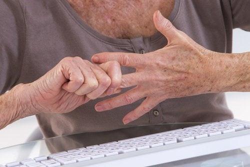 artrite mani malattia di lyme