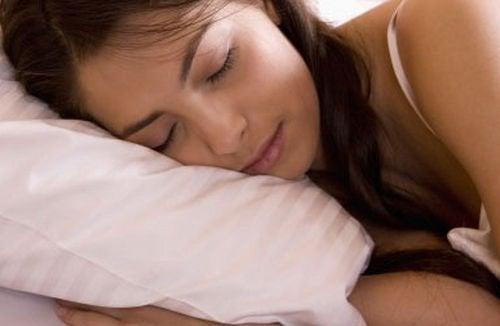 Cene per dormire e riposare meglio
