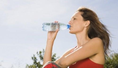 idratazione contro i peli incarniti