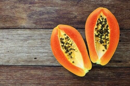 I parassiti intestinali: combatterli con i semi di papaya