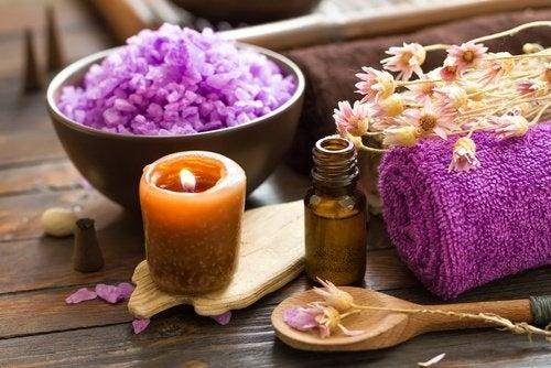 eliminare le energie negative con l'aromaterapia