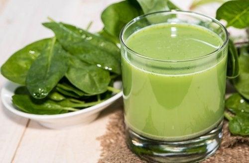 succhi verdi agli spinaci