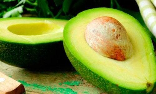 dieta grassa di avocado al fegato