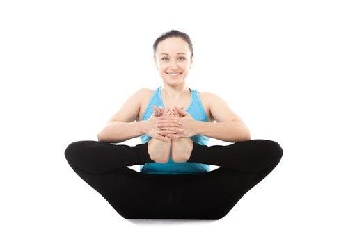posizione yoga per alleviare il mal di schiena