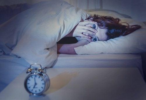 Le conseguenze di dormire meno di 8 ore