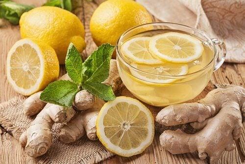 Succo di limone e zenzero per ridurre il colesterolo cattivo