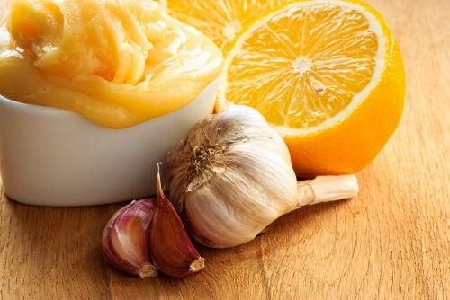 Aglio, cipolla e limone: perché mangiarli tutti i giorni