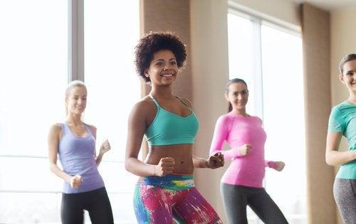 Ballare aiuta a modellare gambe, glutei e vita
