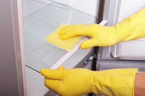 usare i guanti