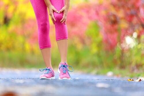 Cause e rimedi per il dolore alle ginocchia