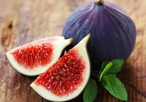 I fichi, frutti ricchi di potassio, apportano circa il 19% della dose giornaliera di potassio