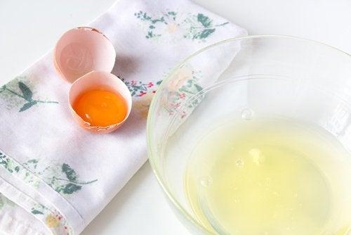 tuorlo e albume d'uovo