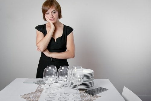 donna triste- tavola