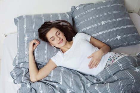 Dormire bene per perdere peso facilmente