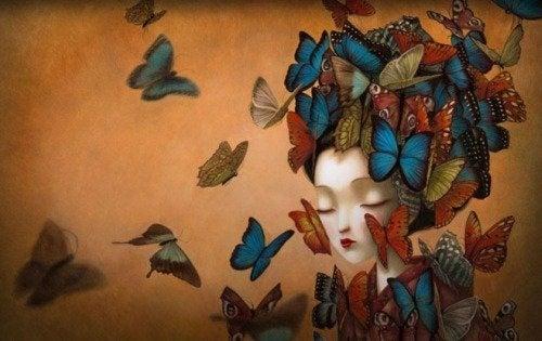 Donna circondata da farfalle