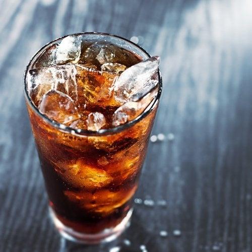 Usi alternativi della Coca-Cola