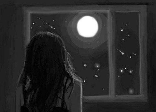 donna-davanti-alla-luna