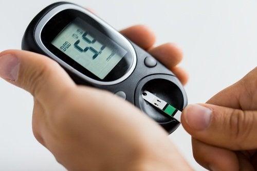 acqua di carciofo - misuratore di glicemia