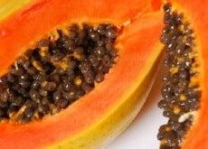 papaya e i suoi benefici per la pelle