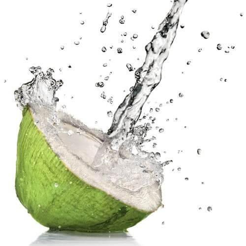 Benefici dell'acqua di cocco