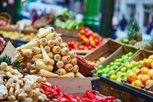 Francia, vietato per legge lo spreco di cibo nei supermercati