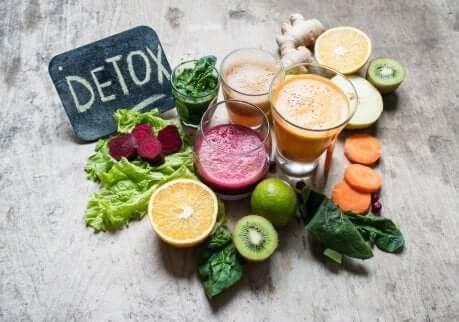 Frullati detox alla frutta