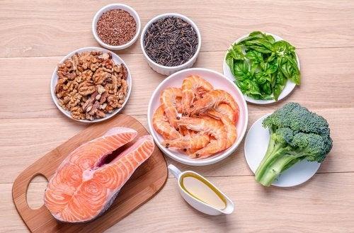 Per perdere peso quando si soffre di ipotiroidismo è necessario assumere grassi sani