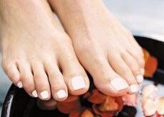 le infezioni unghie piedi