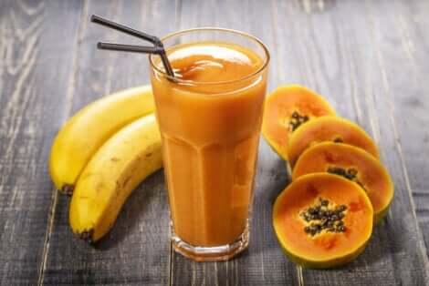 Succo di papaia e banana